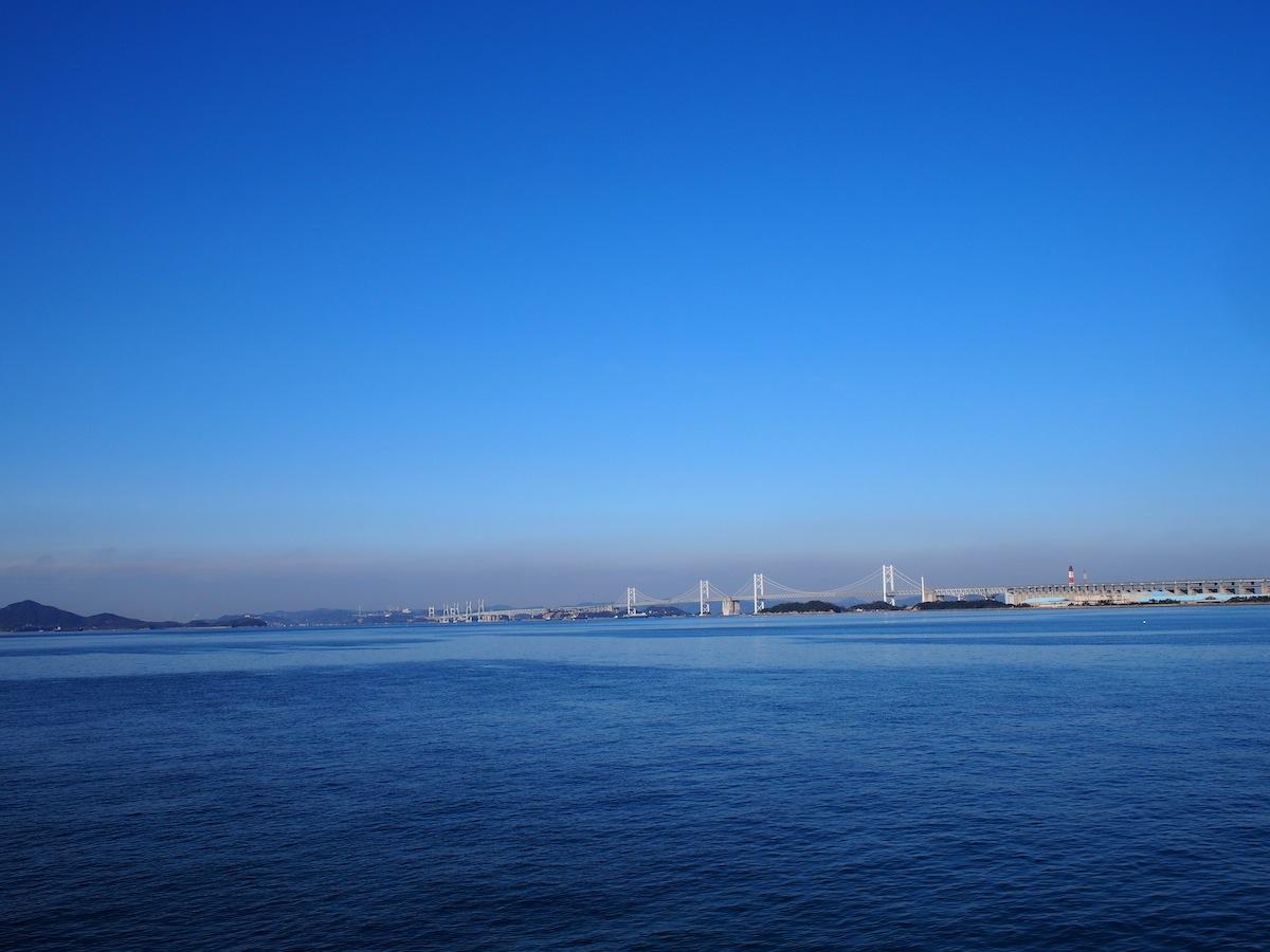 瀬戸大橋とゴールドタワー