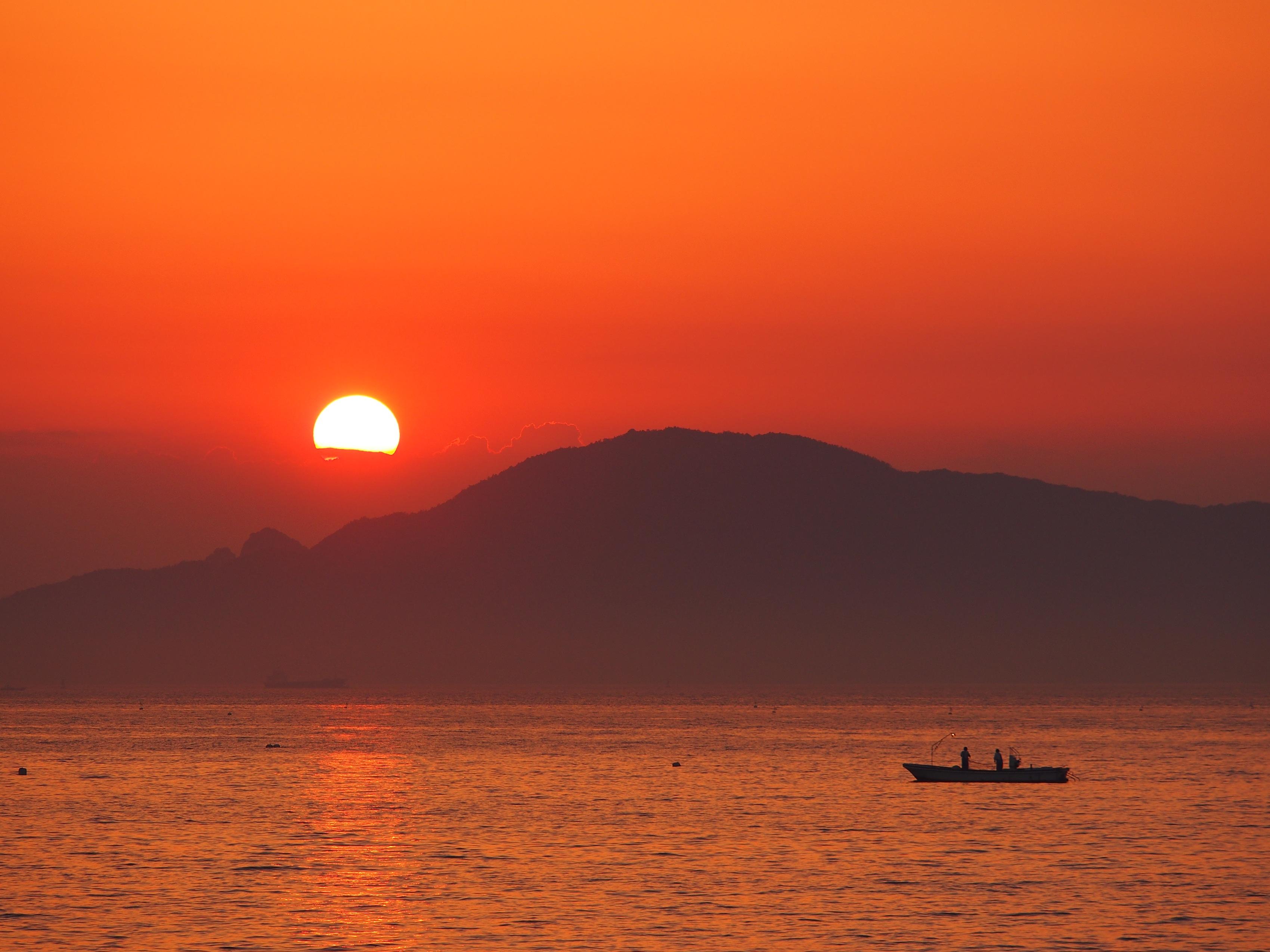 宇多津臨海公園からの夕日
